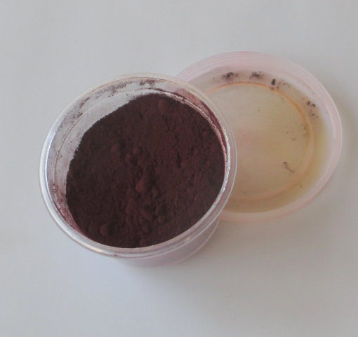 red candle dye powder